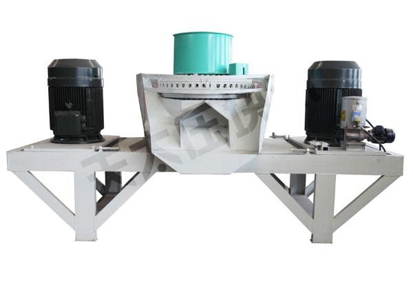 4,成型模具具有高温预热功能,适用范围广,对物料水分要求低.
