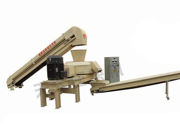 9K-2000型树皮压块机
